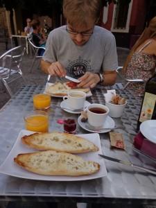 Frühstück in Sevilla